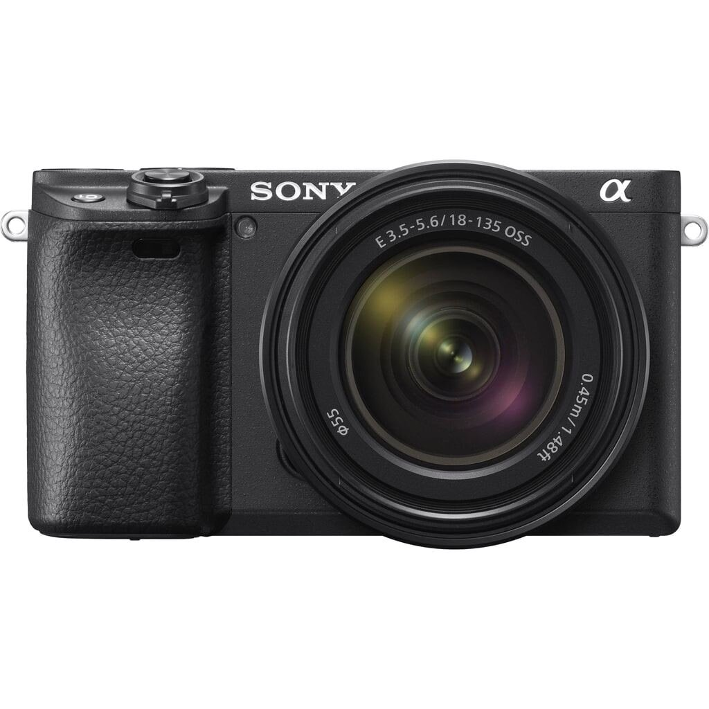 Sony alpha 6400 (ILCE6400B) + SEL 18-135mm 1:3.5-5.6 OSS (SEL18135)