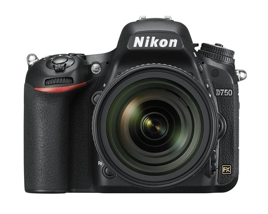 Nikon D750 inkl. AF-S NIKKOR 24-85mm 1:3,5-4,5G ED VR