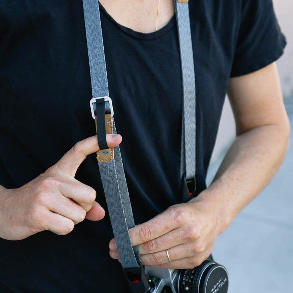 Peak Design Leash Kameragurt hellgrau 145cm Länge 2 cm Breite