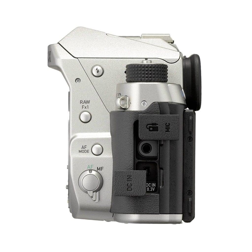Pentax KP silber inkl. DA L 18-50mm 1:4-5,6 DC WR