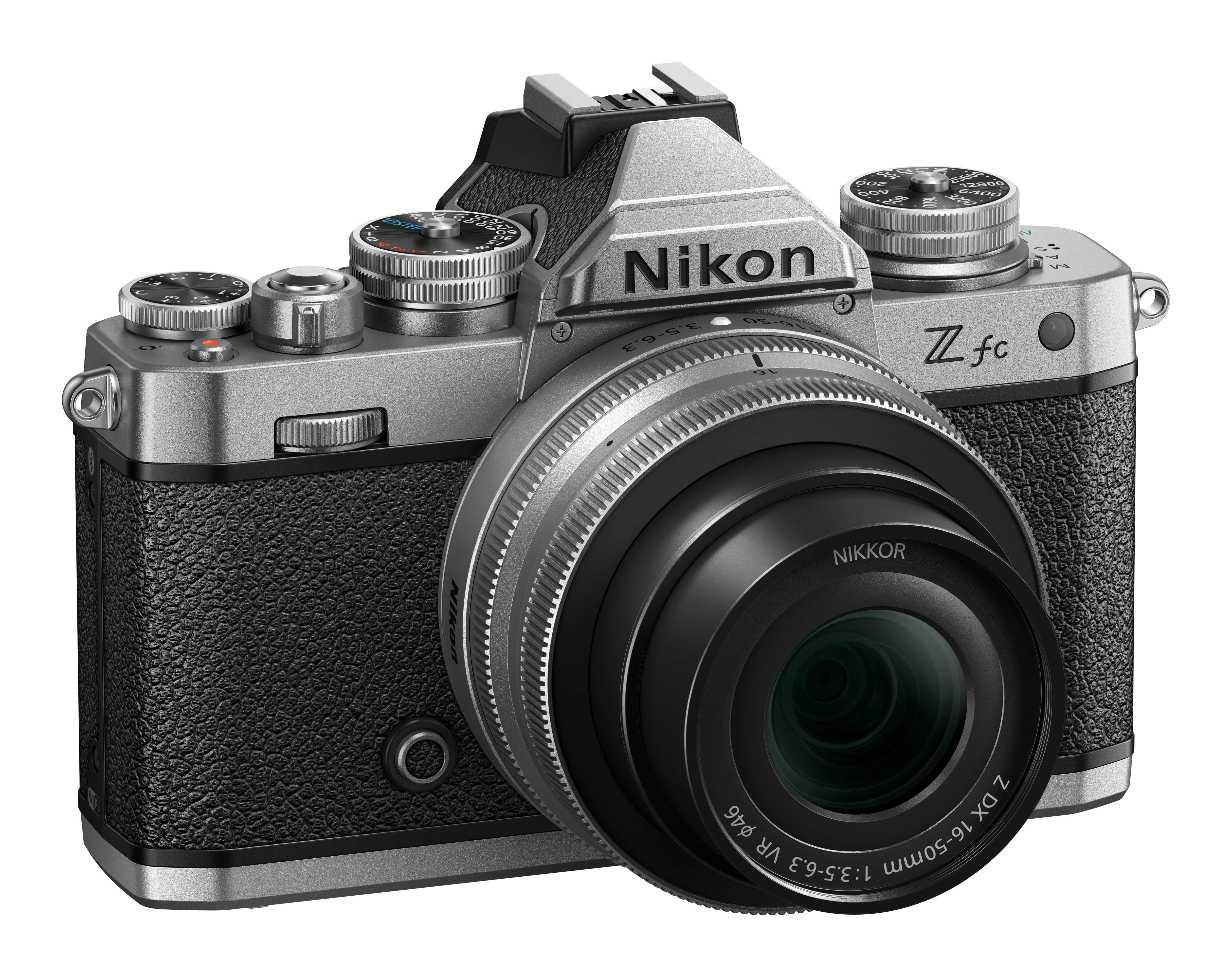 Nikon Z fc + NIKKOR Z DX 16-50mm 1:3,5-6,3 VR silber + Z DX 50-250mm 1:4.5-6.3 VR / Einführungsangebot -100,--€ bis zum 30.09.2021 bereits abgezogen.