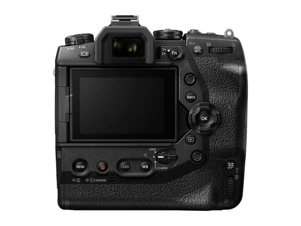 Olympus OM-D E-M1X inkl. M. Zuiko Dig. ED 300mm 1:4,0 IS Pro