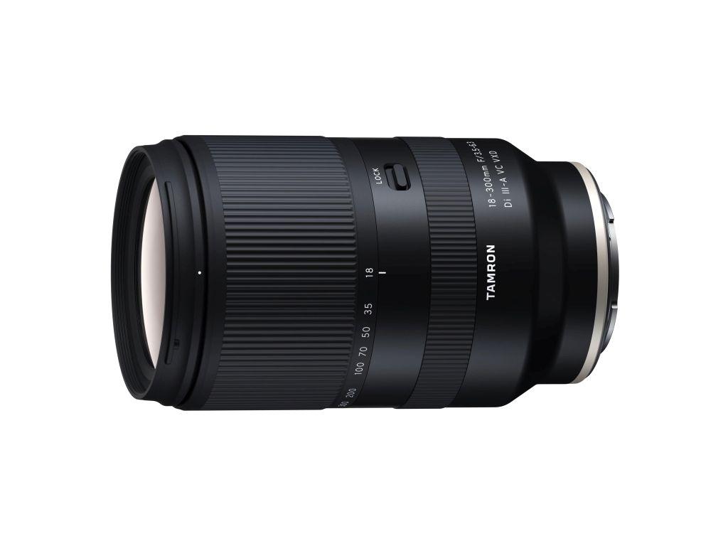Tamron 18-300mm 1:3,5-6,3 Di III-A VC VXD für Sony-FE